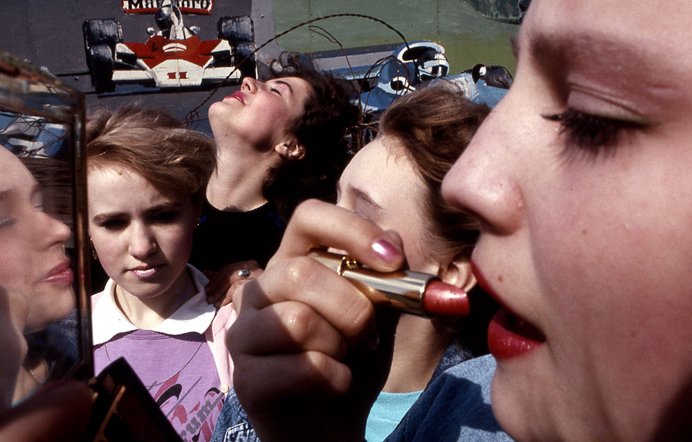 Maquillage avant portrait… Parc Gorki – Moscou