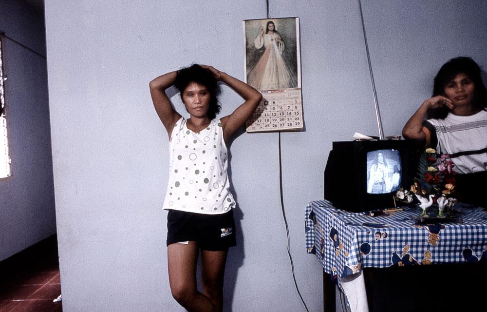 Philippines, Angeles city, véritable sanctuaire de la prostitution ( Intérieur de prostituées)
